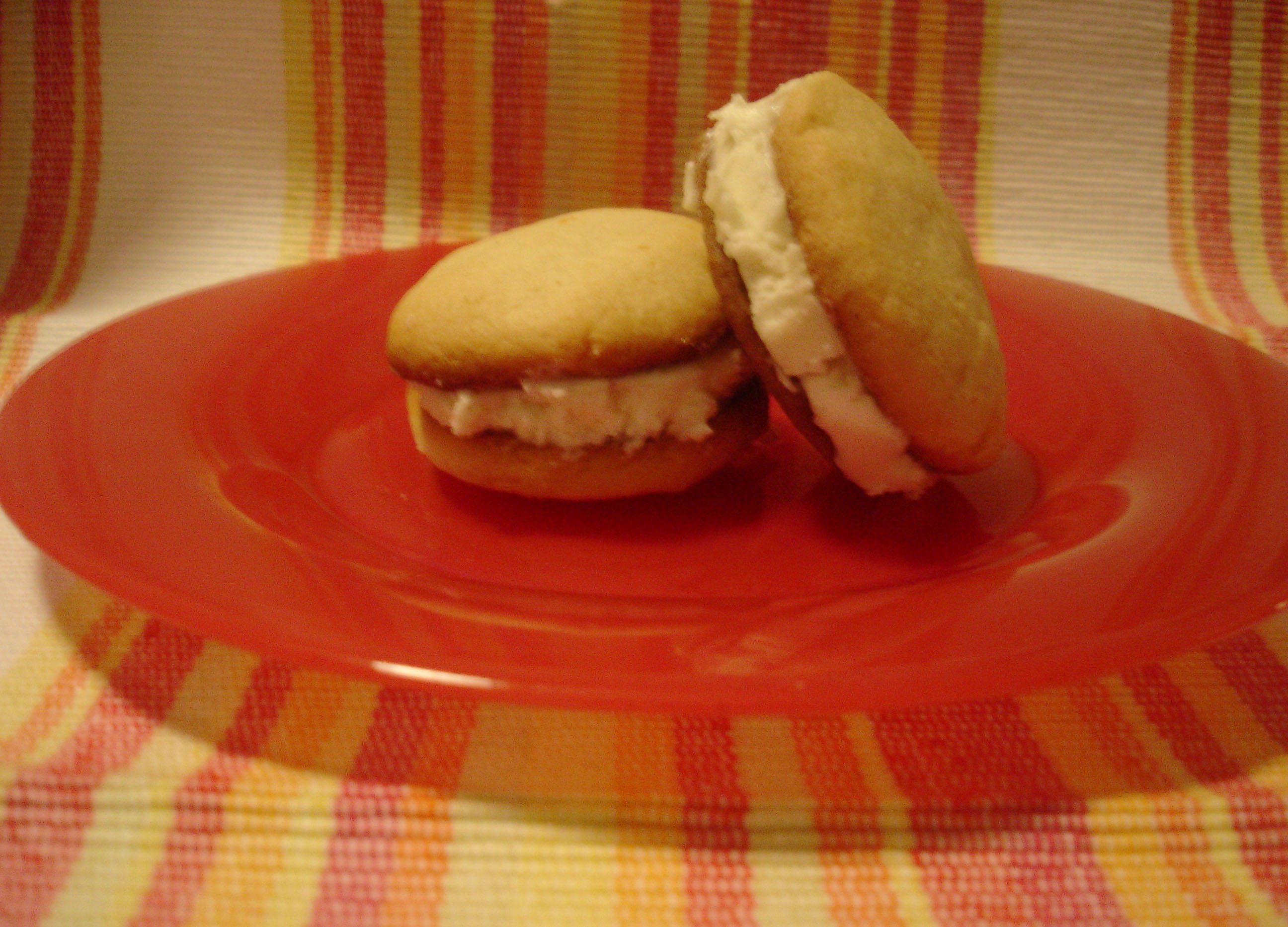 Cookie Carnival: Grapefruit Sandwich Cookies | Mango ...
